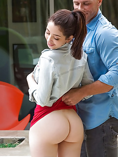 Young Big Ass Pics